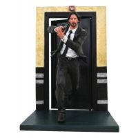 ​John Wick Gallery Running PVC Figure 9-inch Diamond Select