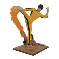 Bruce Lee Gallery Kicking PVC 10-inch Diamond Toys