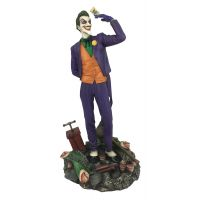 ​DC Gallery Joker Comic PVC Diorama 9-inch Diamond Select Toys