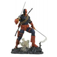 DC Gallery Deathstroke Comic PVC Diorama 10-inch Diamond Select