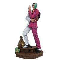 DC Comic Gallery Two Face PVC Diorama 12-inch Diamond Select Toys