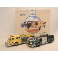 Coffret 2 camions pompier Lafrance Scottsdale & South River Corgi 97331