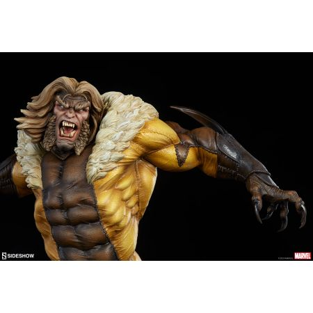 Sabretooth Premium Format Figure Sideshow Collectibles