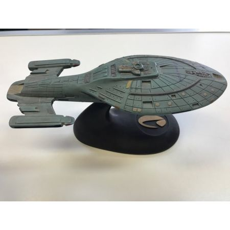 Star Trek USS Voyager NCC-74656 Spaceship