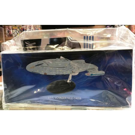 Star Trek Starships Figure Collection Mag USS Voyager NCC-74656 (905285)