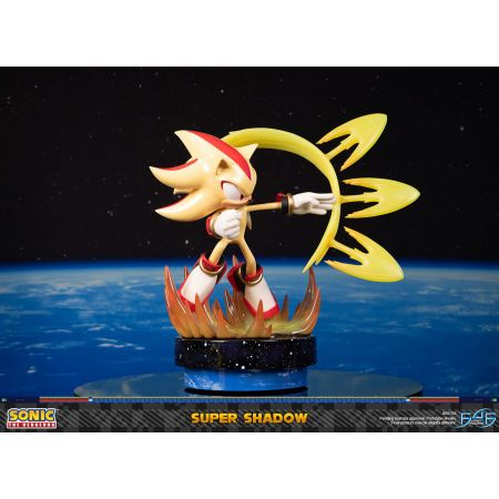 Sonic the Hedgehog Super Shadow (Standard Edition) Statue by First 4 Figures 908836