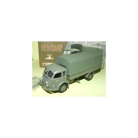 Camion Renault Fainéant militaire bâché Armée française