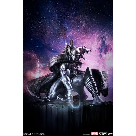 Thor Dieu du tonnerre figurine en étain (inspiré du comic Silver Surfer